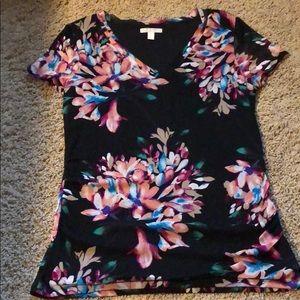 Dana Buchman Floral/Black S/S V  Neck,size large
